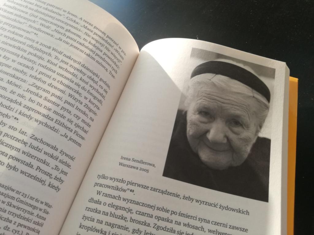 Sendlerowa W Ukryciu Anna Bikont Przez Piękne Okulary